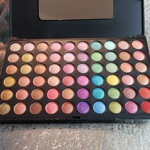 Bh cosmetics 120 cokour eyeshadow palette